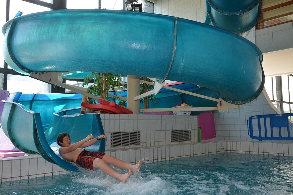 Jeunes les olympiades la cit de l eau amphion un for Piscine amphion